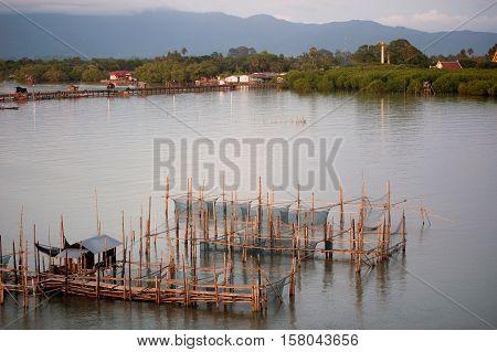 Fishing traps in Net Fishing Thailand, Thailand Shrimp Fishing,Thailand.