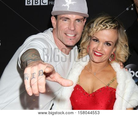 LOS ANGELES - NOV 22:  Vanilla Ice, Robert Matthew Van Winkle, Terra Jole at the