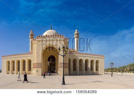 MANAMA, BAHRAIN - NOV 16, 2016: View of the beautiful Al Fateh Grand Mosque in Bahrain - a vertical panoramic image
