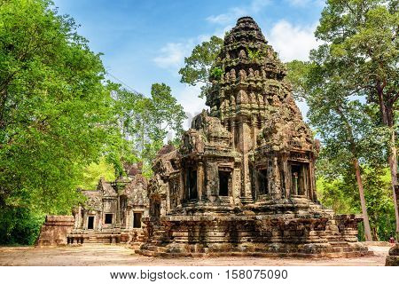 Main Tower Of Ancient Thommanon Temple In Angkor, Cambodia