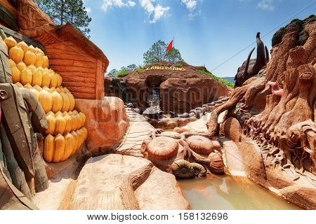 Amazing Canyon With Clay Houses And Sculptures Of Animal