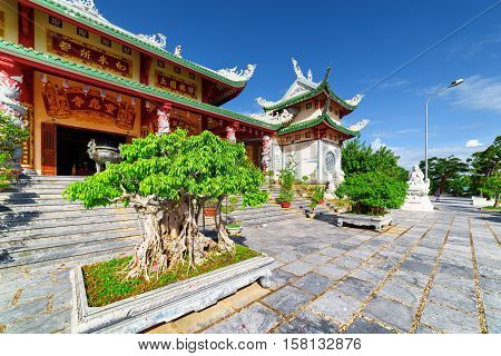 Scenic View Of The Linh Ung Pagoda On Blue Sky Background