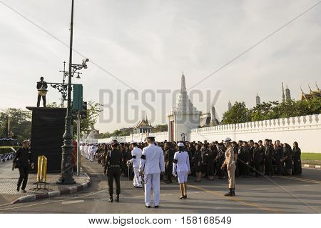 BANGKOK THAILAND - NOV 22 : The procession of national ceremony for king Rama 9 at ministry of Defence while the funeral of king Bhumibol Adulyadej in Grand Palace on november 22 2016