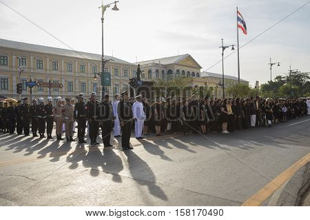BANGKOK THAILAND - NOV 22 : soldier and people in national ceremony for king loyalty in Rama 9 at ministry of Defence while the funeral of king Bhumibol Adulyadej in Grand Palace on november 22 2016