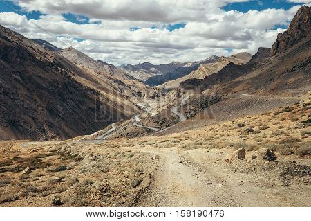 Endless road Leh-Manali in Indian Himalaya Mountain