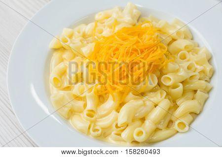 Rigatoni al Gorgonzola - pasta with cheese sauce
