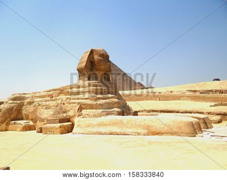 The Great Sphinx of Giza and Pyramid 2016, one of the world's largest and oldest statues