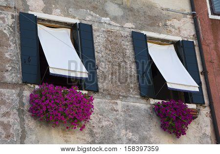 windows on the wall sun awnings shade on the window