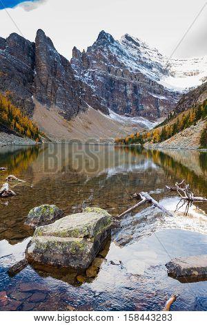 Hiking Lake Agnes