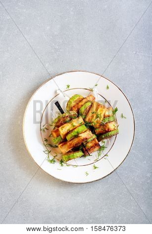 Zucchini and panir snacks on sticks top view