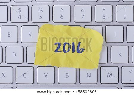 2016 card with information on the keyboard