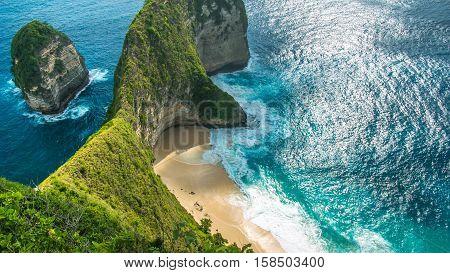 Manta Bay or Kelingking Beach on Nusa Penida Island, Bali, Indonesia.