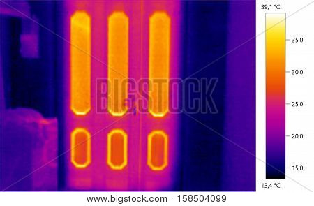 Thermal image photo door building color scale