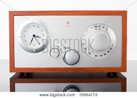 Retro-styled Radio Tuner