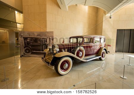 MANAMA, BAHRAIN - OCT 29, 2016: A restored 1932 Buick car on display in the Bahrain National Museum
