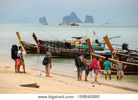 TRANG PROVINCE,THAILAND-NOV 23: Tourist were embarking for return at Koh kradan( Forum Island),Trang Province, November 23,2012,Thailand.