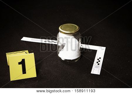 Crime scene investigation - collecting of odor traces