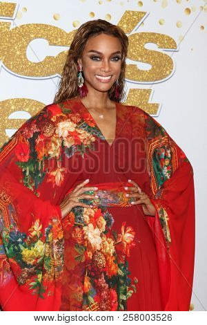 LOS ANGELES - SEP 11:  Tyra Banks at the