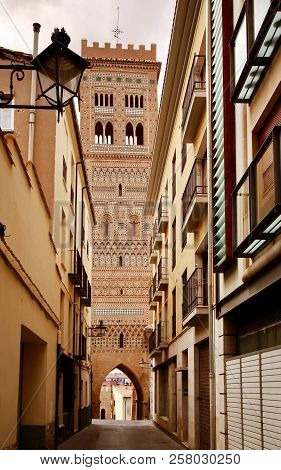 Calle Amantes Street And Saint Martin Tower (torre De San Martin) - Medieval Structure In  Mudejar S