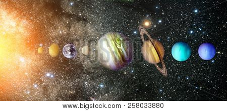 Planets Of The Solar System. Sun, Mercury, Venus, Earth, Mars, Jupiter, Saturn, Uranus, Neptune. Gal