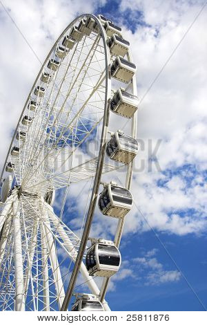 Amusement Wheel