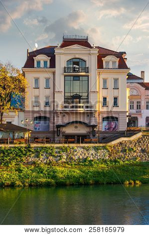 Uzhgorod, Ukraine - Nov 10, 2012: Modern Architecture Of The Old Town On The Bank Of River Uzh At Su