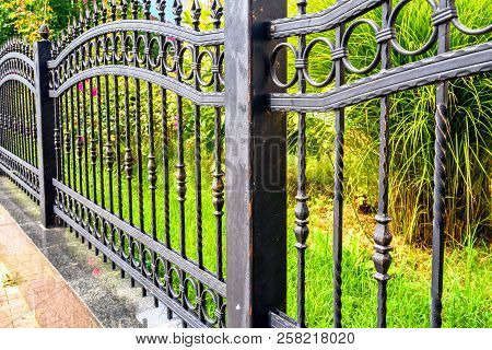 Wrought Iron Fence, Black Metal Iron Fencing