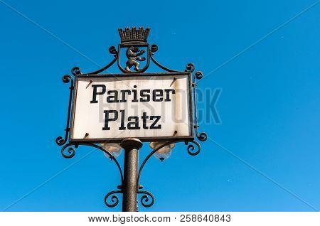 Antique Street Name Sign Of The Pariser Square Near Brandenburg Gate (pariser Platz) In Berlin, Germ