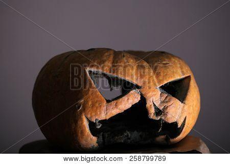 Mystery Of Halloween. Halloween Pumpkin With Evil Face Share Mystery Mood. Jack O Lantern Scary Pump