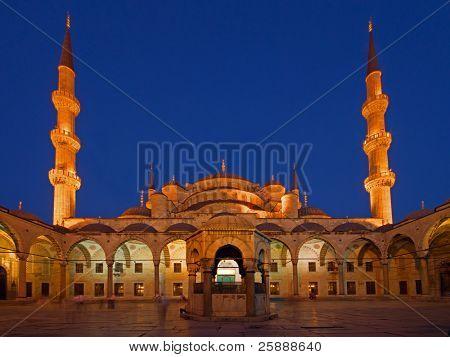 Blue Mosque in Sunset light