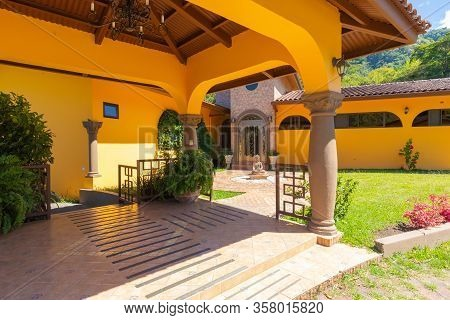 Orosi Costa Rica March 17 Luxury Residence With Patio And Zen Garden Hidden In The Tropical Nature O