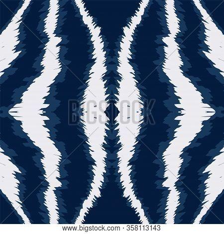 Aquamarine Carpet Watercolor Vector Seamless Pattern. African Fabric Batik Design. Psychedelic Uzbek