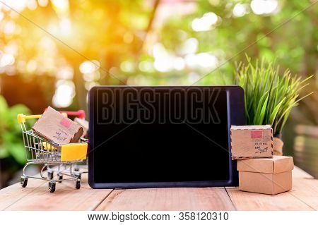 Online Shopping For Startup Sme Business And Mail Delivery. Stay Home Stay Safe. Social Distancing A