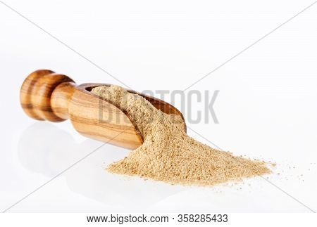 Lepidium Meyenii - Maca Aphrodisiac Powder In Wooden Spoon