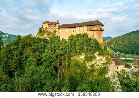 Orava Castle - Oravsky Hrad In Oravsky Podzamok In Slovakia. Medieval Fortress On Extremely High And