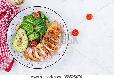 Trendy Salad. Chicken Grilled Fillet With Salad Fresh Tomatoes And Avocado. Healthy Food, Ketogenic