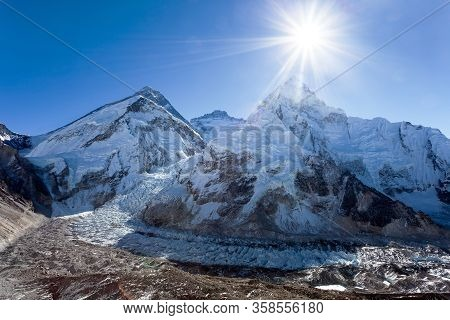 Morning Sun Above Mount Everest, Lhotse And Nuptse From Pumo Ri Base Camp - Way To Everest Base Camp