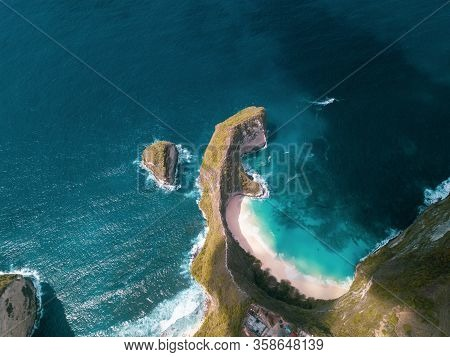 Aerial View Of Nusa Penida, Bali, Indonesia. Manta Bay Or Kelingking Beach On Nusa Penida Island, Ba