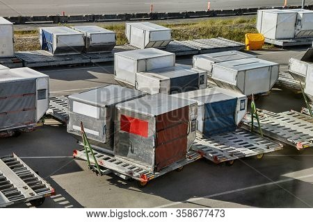 Air cargo unit load devices, containers