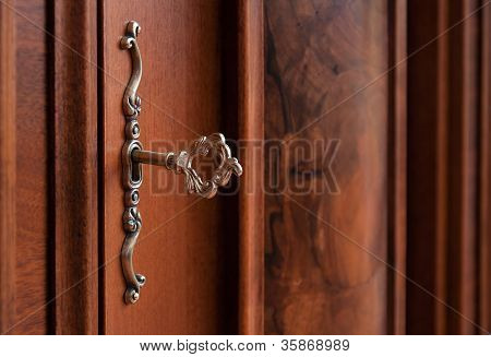 Old-fashioned Bronze Key