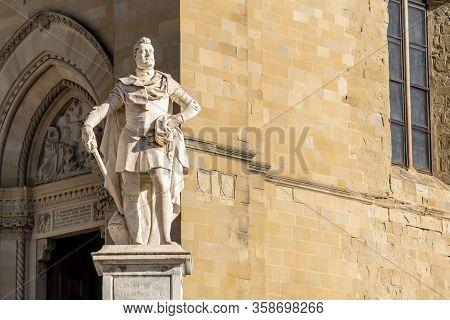 Arezzo, Tuscany, Italy, December 2019: Statue Of Grand Duke Of Tuscany , Ferdinando I De Medici, Mon