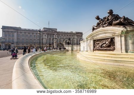 London, England. March, 2016: Buckingham Palace View From The Fountain Of Victoria Memorial, London,