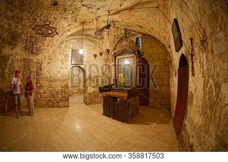Jerusalem, Israel - June 19, 2015: Fisheye Lens Shot Of The Tomb Of Joseph Of Arimathea Or Abyssinia