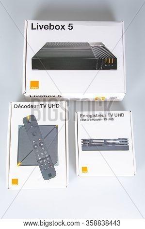 Bordeaux , Aquitaine / France - 03 03 2020 : Orange Tv Box Net Web Livebox 5 Receiver Uhd Multimedia