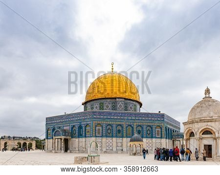 Jerusalem, Israel, March 3, 2020 : The Dome Of The Rock Mosque On The Temple Mount In The Old Town O