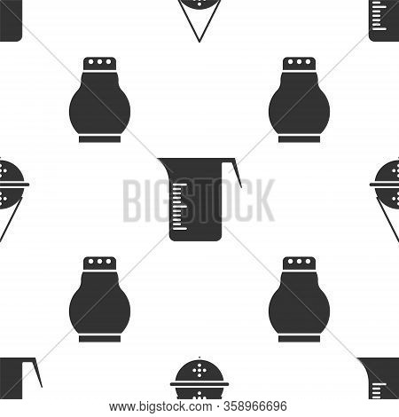 Set Ball Tea Strainer, Measuring Cup And Salt And Pepper On Seamless Pattern. Vector