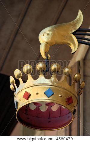 Hanging Crown