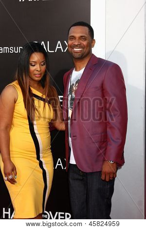 LOS ANGELES - MAY 20:  Mike Epps and Mechelle McCain at the
