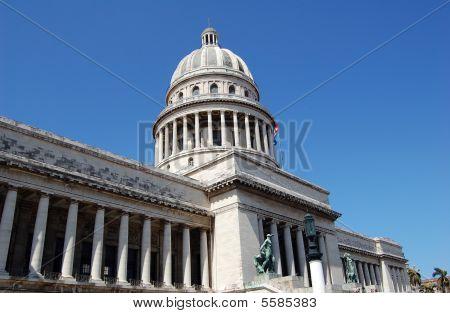 Capitolio Diagonal