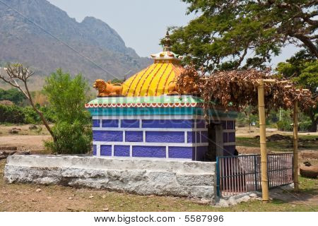 Small Temple In Tamil Nadu